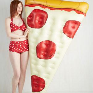 pizza-gonfiabile-galleggiante-mare