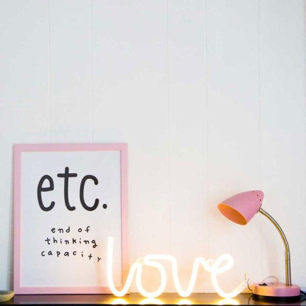 love-neon-light-gialla