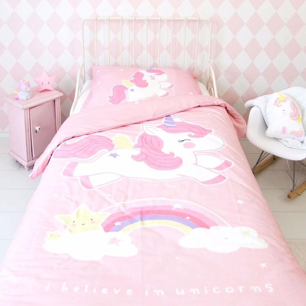 copripiumino unicorno e arcobaleno per il lettino di a little lovely ...